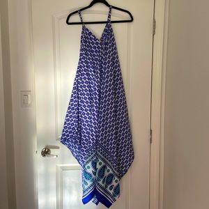 Beautiful handkerchief dress, size M, roomy dress